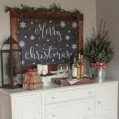 How to create a cozy Christmas kitchen wine nook. An easy, budget friendly way to style a rustic, wine bar set up for Christmas using natural elements. Merry Christmas Sign Printable, Merry Christmas Calligraphy, Christmas Chalkboard Art, Cozy Christmas, Christmas Signs, Christmas Decorations, Christmas Ideas, Christmas Wood, Holiday Decorating