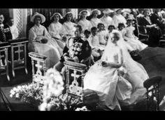 Grace Kelly & Prince Rainier III's Wedding: A Look Back