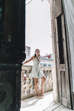 La_Habana-Cuba-Collage_On_The_Road-Fresa_Y_Chocolate-La_Guarida-Mint_Dress-Revolve_Clothing-Espadrilles-Outfit-Collage_Vintage-90.jpg (1050×1575)