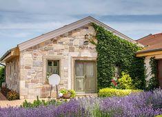 Kültéri kő falburkolatok - Otti Manufactura Cabin, House Styles, Houses, Home Decor, Homes, Decoration Home, Room Decor, Cabins, Cottage