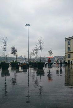 Rainy day İstanbul Karaköy