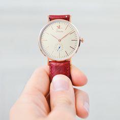 La Monet avec un bracelet bordeaux une de vos compositions préférées :) #charliewatch #watchfreak #watchporn #watchofinstagram #watchoftheday #watches #madeinfrance #madeinparis by charliewatch