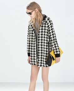 HOUNDSTOOTH CAPE from Zara