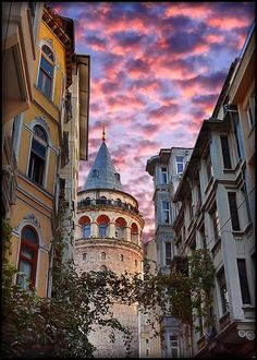 Galata Tower by Sadettin  Uysal