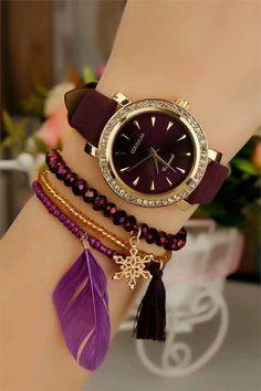 Bordo taşlı saatler - Vlogs Tutorial and Ideas Stylish Jewelry, Cute Jewelry, Jewelry Accessories, Fashion Accessories, Fashion Jewelry, Women Jewelry, Jewelry Design, Stylish Watches For Girls, Trendy Watches