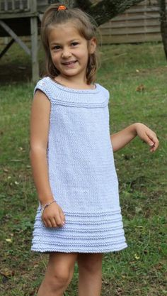 Little Elyssa Knitting pattern by Taiga Hilliard Designs – Knitting patterns, knitting designs, knitting for beginners. Beginner Knitting Patterns, Knitting For Kids, Easy Knitting, Knitting For Beginners, Crochet For Kids, Knitting Yarn, Knit Crochet, Girls Knitted Dress, Knit Baby Dress