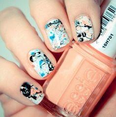 Splatter nails tutorial.