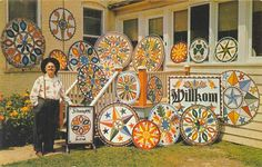 "Hex signs are a form of Pennsylvania Dutch folk art, related to fraktur, found in the Fancy Dutch tradition in Pennsylvania Dutch Barn paintings, usually in the form of ""stars in … Pennsylvania Dutch Country, German Folk, Barn Signs, Barn Quilt Patterns, Postcards For Sale, Barn Art, Sign Display, Barn Quilts, Art Classroom"