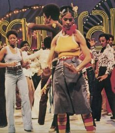 "Who can forget this gorgeous dancing machine? Fawn Quinones, sister of Lockers dancer Adolfo ""Shabba Doo"" Quinones, is one of Soul Train's most popular regulars of all time. Hailing from Chicago, she was an original dancer on the local Chicago … Women In History, Black History, Soul Train Fashion, Soul Train Dancers, Pretty Hairstyles, Daily Hairstyles, Medium Hairstyles, Summer Hairstyles, Messy Hairstyles"