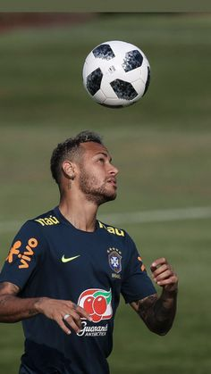 Find images and videos about lockscreen, brazil and brasil on We Heart It - the app to get lost in what you love. Neymar Football, Sport Football, Fc Barcelona Neymar, Neymar Jr Wallpapers, Neymar Brazil, Neymar Pic, Nike Football Boots, Black Men Haircuts, Sports Clubs