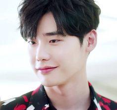 Lee Jong Suk ♥♥^^ Lee Jong Suk, Jung Suk, Asian Boys, Asian Men, Kang Chul, Lee Young, V Live, Cute Actors, Kdrama Actors