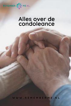 Condoleance betekent letterlijk het betonen van medeleven na het overlijden van een persoon. Condoleren kan op vele verschillende manieren. In dit artikel vertellen we je alles over de condoleance en lichten we een aantal manieren van condoleren toe. | Lees het artikel op www.rememberme.nl | #condoleance #condoleren #troosten #steunen #verlies #rouw #verdriet