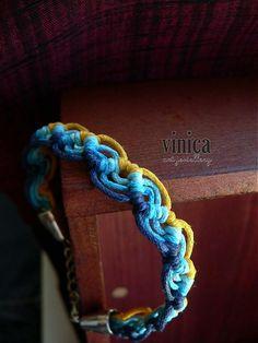 vinica / Raik - micromacrame bracelet