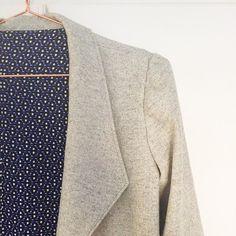 My @grainlinestudio Morris Blazer will be up on the vlog a bit later today. #grainlinestudio #patternreview #morrisblazer #memadeeveryday #sewingvlogger #isew #dressmakinglisacomfortgrainlinestudio,isew,dressmaking,sewingvlogger,morrisblazer,patternreview,memadeeveryday