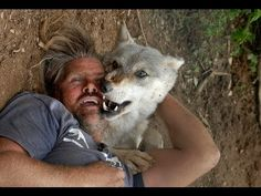 The Real Life Wolf Man. Meeting with wolfs in real life Wolf, Tiger Attack, Baby Animals, Cute Animals, Cute Lion, Pet Tiger, Beautiful Wolves, Dog Lady, Baboon