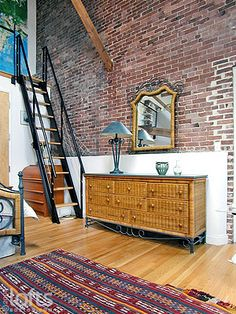 Boston Lofts by LoftsBoston.com, Inc. >> Boston Residential Loft Rental >> 60 Tufts Street #11