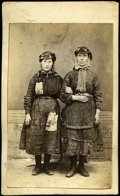 W Clayton. Female workers from the Tredegar ironworks,1865.