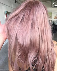 Gorgeous Rose Gold Hair Color Ideas For You; Rose Gold Hair Colo… Gorgeous Rose Gold Hair Color Ideas For You; Cabelo Rose Gold, Pastel Pink Hair, Pastel Hair Colour, Rose Pink Hair, Dusty Rose Hair, Rose Hair Color, Black Hair, Pink Purple Hair, Light Pink Hair