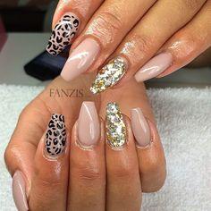 Nails by: Nathalie Obradovic Site: Instagram: @gelnailsbynatha   Fanzis.com