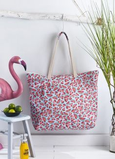 Blog Couture, Couture Sewing, Diy Accessories, Crochet Motif, Diaper Bag, Diy And Crafts, Tote Bag, Pattern, Cameo