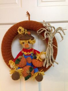 Scarecrow wreath , Scarecrow made from Simply Cute Scarecrow Pattern by Teri Crew Designs, Cornstalk designed by me.