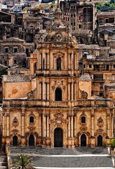 Modica San Giorgio cathedral, a photo from Ragusa, Sicily