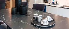 neolith_class_nero_marquina Counter, Kitchen Design, Table Settings, Table Decorations, Stone, Wall, Home Decor, Renovation, Kitchen Countertops