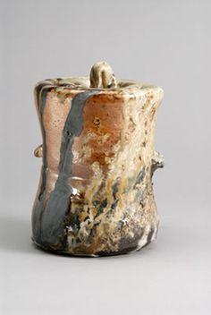 mano construido woodfired ceniza cerámica y cerámica vidriada de sal