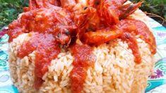 Γαρίδες με σάλτσα ντομάτας και ρύζι σε φόρμα ιδανικό για μπουφέ Grains, Rice, Food, Essen, Meals, Seeds, Yemek, Laughter, Jim Rice