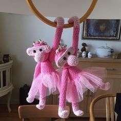 2 nye ballerinaer er færdige. #mitkajbojesen #hækletabe #hæklet #hækletosse #hannes_haeklerier Crochet For Kids, Diy Crochet, Crochet Toys, Crochet Baby, Crochet Monkey, Danish Design, Balloons, Crafty, Knitting