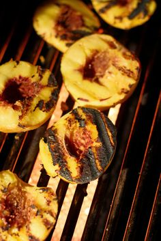 The Chubby Vegetarian: Grill 'Em All! A Vegetarian Labor Day Grilling Guide