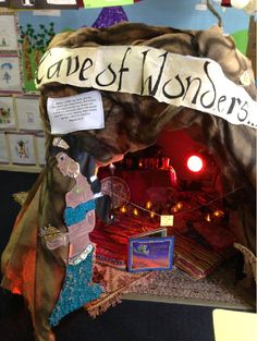 Aladdin's Cave of Wonders classroom display photo - SparkleBox awesome, the kids… Eyfs Classroom, Disney Classroom, Primary Classroom, Future Classroom, Classroom Themes, School Classroom, Classroom Displays Ks1, Book Corners, Reading Corners