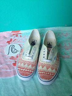 de7b1788136d1f Hand painted Vans by ChristinaEvertArt on Etsy