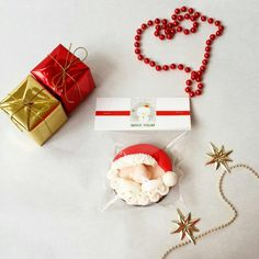 Fondant, sugar paste, gum paste, christmas cookies, christmas spirit, christmas time, ginger cookies, santa