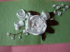 how to embroider roses with ribbon