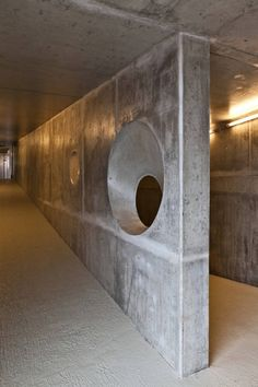 Gallery of Gaia Ropeway Cablecar / Menos é Mais Arquitectos - 8 Studio Interior, Interior Walls, Interior Design, Exposed Concrete, Form Design, Space Architecture, Industrial Style, Door Handles, Gallery