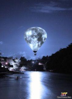 Moon hot air balloon