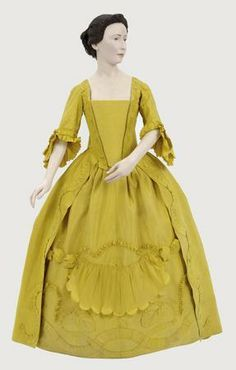 Snow White: (France 1765). I like the skirt and the sleeves.