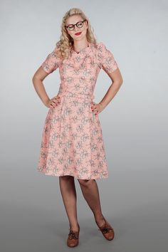 emmydesign - The darling darling dress. Bows on peach