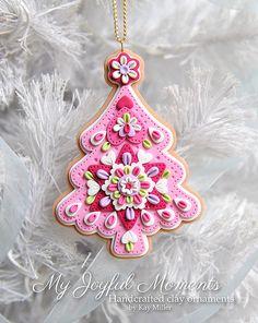 Handcrafted Polymer Clay Christmas Tree di MyJoyfulMoments su Etsy