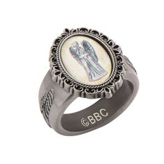 Doctor Who Weeping Angel Cameo Ring: Size 7