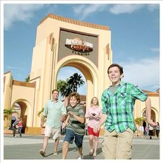 Universal Orlando launches 2013 Ad Campaign  #themeparkcanuck