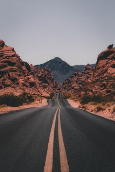 "The post ""Road trips are the true adventure. Get tips for US & Canada routes and wildcamping spots in Europe at PASSENGER X. Valley of Fire State Park, USA photo by Jake Blucker"" appeared first on Pink Unicorn Bilder Aesthetic Backgrounds, Aesthetic Iphone Wallpaper, Aesthetic Wallpapers, Valley Of Fire State Park, Valley Road, Valley View, Wild Campen, Nature Photography, Travel Photography"