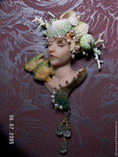 "Brooch ""Caribbean Mermaid"" by Alena Abramova (abramovaart) Polymer Clay Projects, Polymer Clay Art, Diy Clay, Handmade Polymer Clay, Resin Crafts, Mermaid Sculpture, Soft Sculpture, Sculptures, Face Mold"