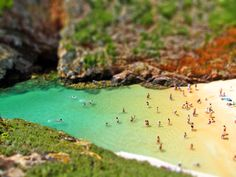Why does Tilt-Shift photography make everything in a landscape or cityscape look like a toy model?