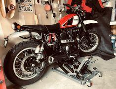 Custom bracket with Super Moto Fender Yamaha Motorcycles, Cars And Motorcycles, Bike, Motorbikes, Scrambler Motorcycle, House, Bicycle, Yamaha Motorbikes, Cruiser Bicycle