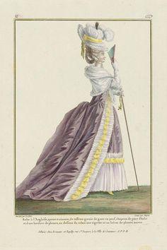 Robe à l'Angloise, queue trainante, de taffetas garnie de gaze en pouf, chapeau de gaze d'Italie et d une bordure de plumes, au dessous du ruban une aigrette et un héron de plumes noires.