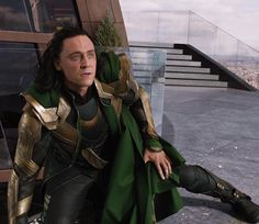 """344 mentions J'aime, 3 commentaires - Burdened With Glorious Purpose (@lokiofjotunheim) sur Instagram: """"""""There's no stopping it."""" . . . #marvel #mcu #loki #lokilaufeyson #thor #thedarkworld #avengers…"""""""