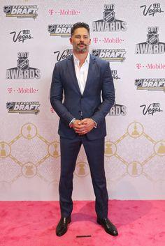 Joe Manganiello Photos Photos - Host Joe Manganiello attends the 2017 NHL Awards at T-Mobile Arena on June 21, 2017 in Las Vegas, Nevada. - 2017 NHL Awards - Arrivals