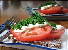 Vegan Smørrebrød   (Tomatmad and other cool Danish things that start with T)